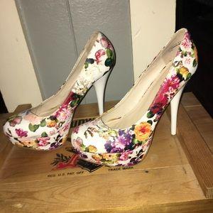 Bamboo floral print heels.